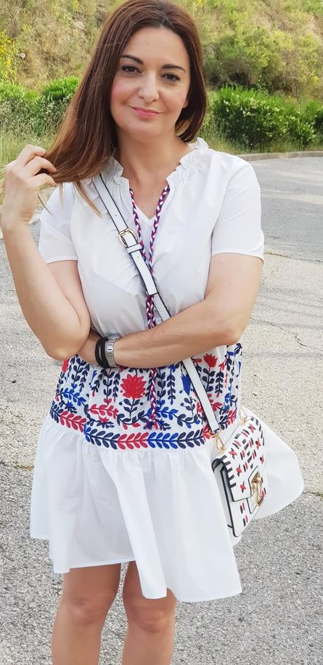Vestido blanco con bordados