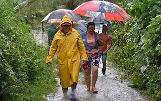 Miles de evacuados y daños materiales en Cuba por intensas lluvias [+ video]