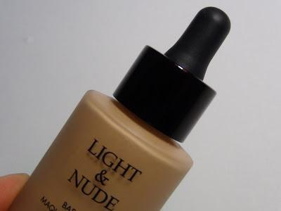 Base Light & Nude | Petrizzio