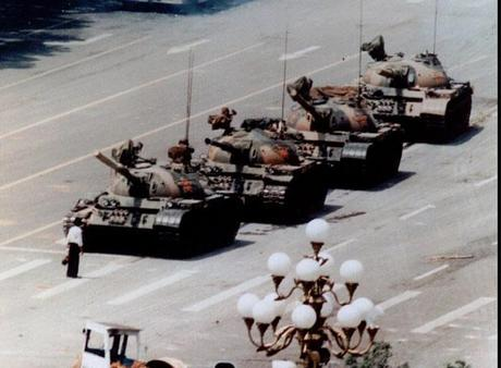 Tanques-en-plaza-Tiananmen