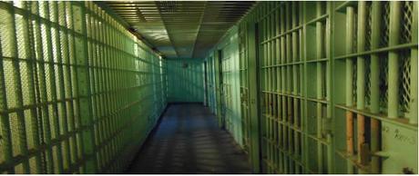 Un hombre va a la cárcel porque le decía a su mujer que mostrara su cuerpo en público