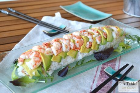 Dragon Sushi Roll de Aguacate, Salmón y Gambas