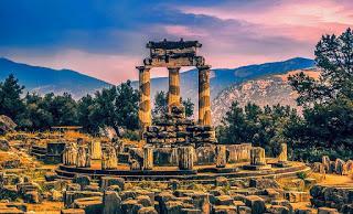 La naturaleza esencial del oráculo de Delfos, Parte I,   Peter Green