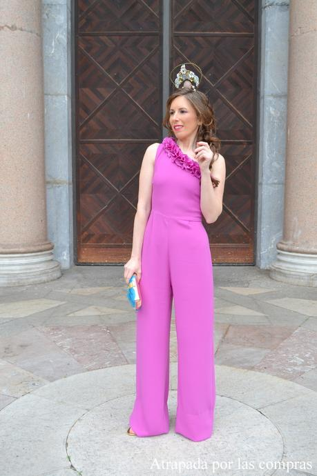 LOOK DE INVITADA: MONO Y TOCADO