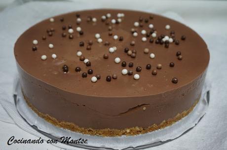 Tarta de chocolate y profiteroles