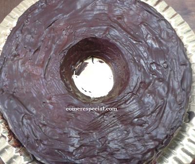 Receta fĂĄcil de chocolate con arĂĄndanos sin huevos ni lactosa