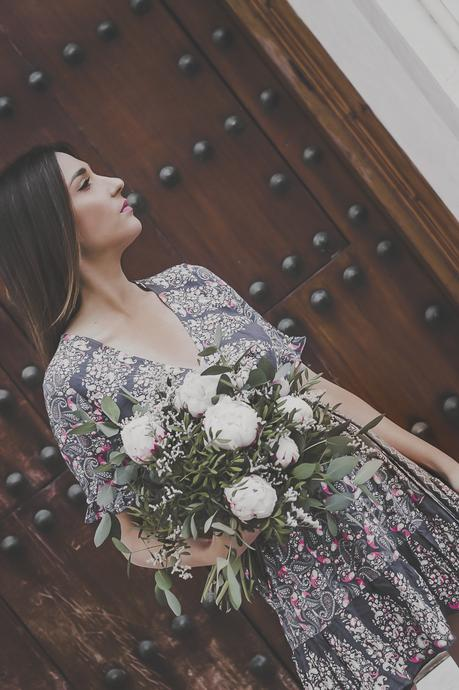 VERGE GIRL FLORAL DRESS + CLONES DE MODA