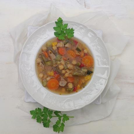 Potaje de pollo y verduras