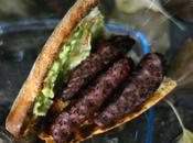 Salchipán brasa guacamole casero