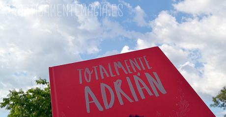 Reseña | Totalmente Adrián