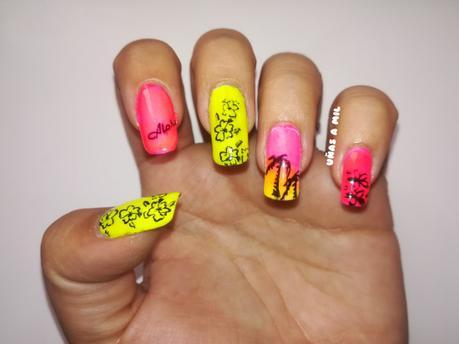 Diseño de uñas para verano con palmeras