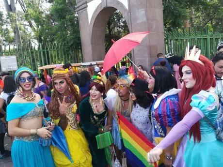Celebran Marcha del Orgullo gay en la capital potosina