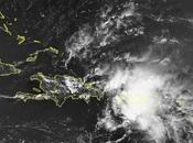 Disturbio ocasionará fuertes lluvias República Dominicana esta noche martes.