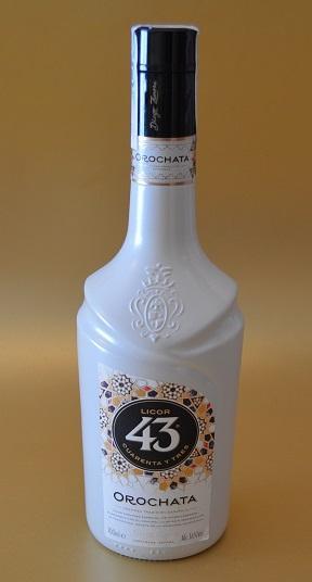 Probando el Licor 43 Orochata (proyecto BOPKI)