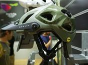 Oakley introduce nuevo casco mountain bike
