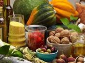¿Qué alimentos podemos comer verano para nutrirnos mejor?