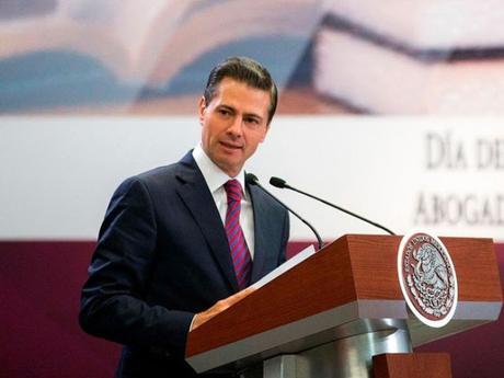 #Mexico: ¿Cuánto gana el presidente Enrique Peña Nieto (@EPN) ?  Es mas de lo que tu ganas ...