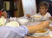 Cenar pronto podría disminuir incidencia cáncer mama próstata