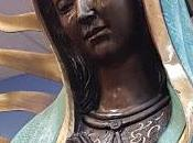 tontería semana: estatua guadalupana llora aceite