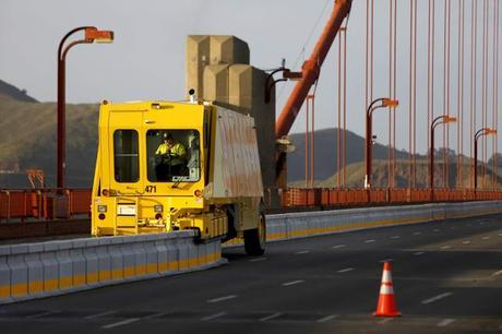 Zipper trucks, camiónes cremallera.