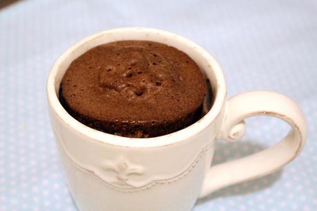 Torta de chocolate en taza - Mug cake en menos de 5 minutos