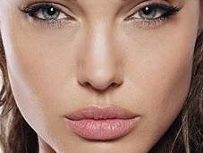 Angelina Jolie abandona Wanted Gravity