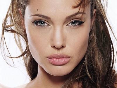 Angelina Jolie abandona Wanted 2 por Gravity