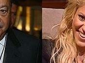 Shakira medio fama fortuna...
