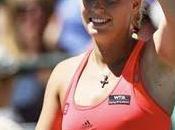 "Charleston: Wozniacki sigue firme está ""semis"""