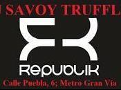 Pinchada Rockera Sideral Savoy Truffle Republik.