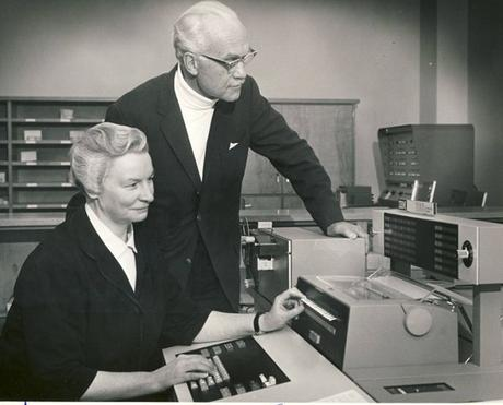 La monja detrás de una computadora, Mary Kenneth Keller (1913?-1985)