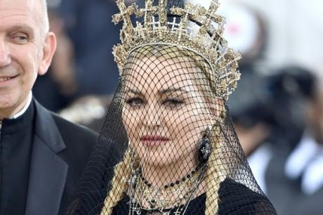 Madonna: Una sexy sexagenaria que todavía es reina de la provocación