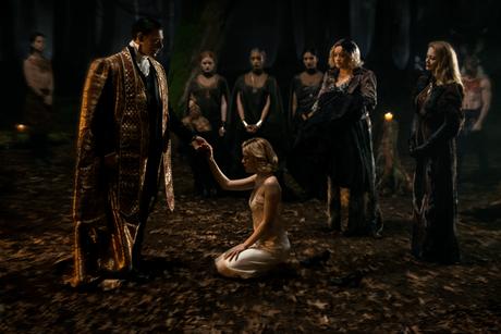 """Mira las primeras imágenes de la serie """"El mundo de Sabrina"""""""