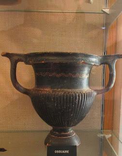 Algunas cerámicas del oppidum galorromano de Ensérune. La necrópolis
