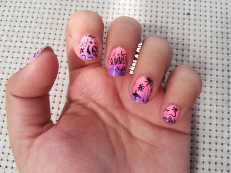 Diseño de uñas para el verano y festival
