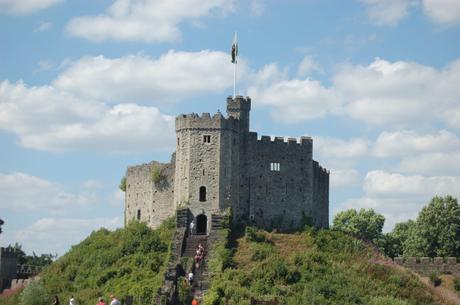 Subida a una de las torres de Cardiff Castle