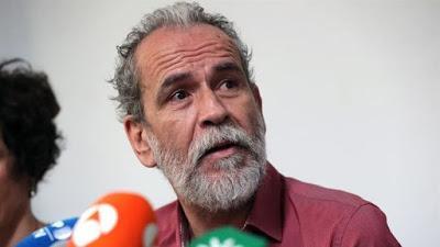 El actor Willy Toledo fue detenido y liberado, al día siguiente.