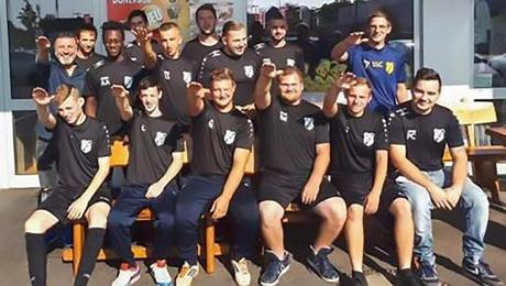 Los jugadores del SC 1920 Myhl realizaron la salutación nazi y fueron expulsados del equipo