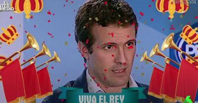 """La guerra de los masters de los políticos y el """"Viva el rey"""" de Casado."""