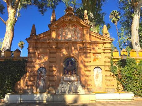 El monumento a Catalina de Ribera.
