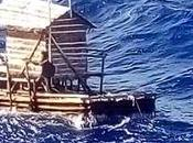 Sobrevive días deriva Pacífico sólo Biblia