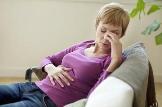 15 remedios naturales para la acidez estomacal y el reflujo ácido severo