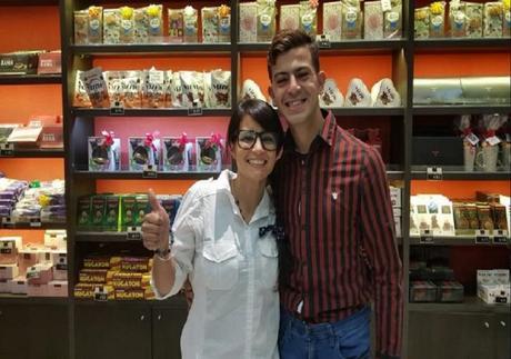 Eugenia y Carlos luego de que la publicación se haga viral en Facebook.