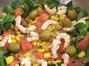 Ensalada templada queso provolone, salmón gambas