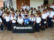 Panasonic celebra centenario proyecto lámparas solares Capira.