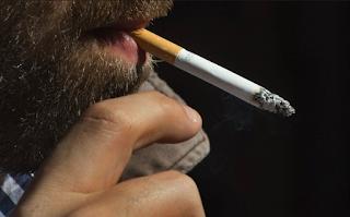 ¡Hay que bajar los humos ... al tabaco!