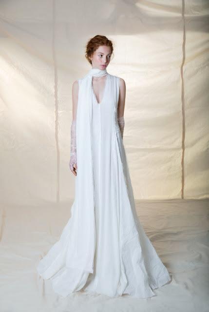 Cortana nos vuelve a enamorar con su colección de novias 2019