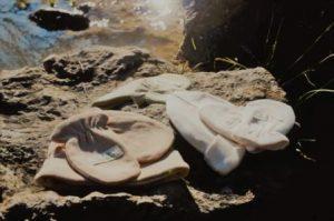 ropa ecologica en baul de algodon