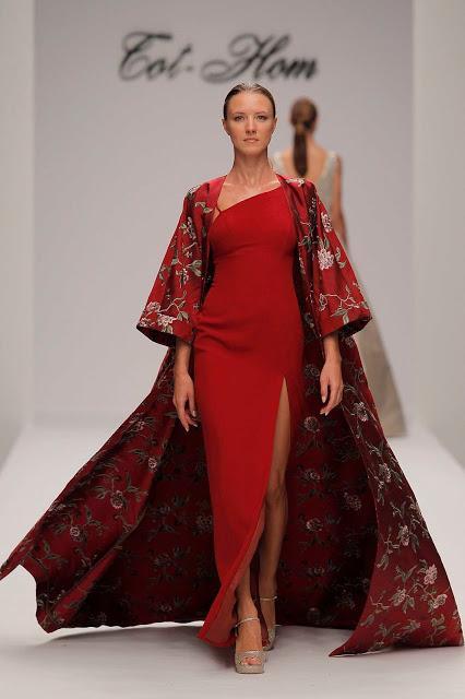 Elegancia invernal es lo que desprende la colección de Alta Costura Fall/Winter 18 de la firma Tot-hom