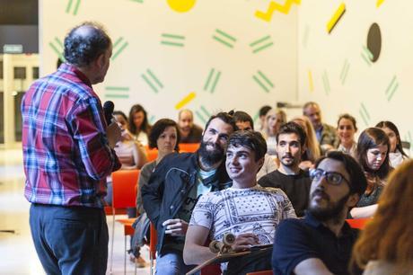 Becas para los Másteres Semipresenciales del IED Madrid